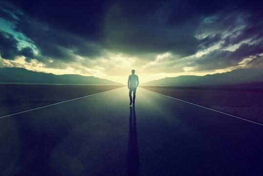 Utiliza tu imaginación, pero no pierdas suelo, no pierdas el enfoque