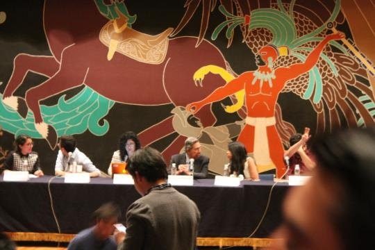 Cuauhtémoc Cárdenas en conferencia en la Facultad de Ciencias Políticas y Sociales