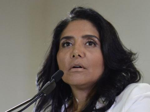Ley no debe estar sujeta a negociaciones': Alejandra Barrales ... - com.mx