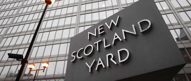 Proseguono le indagini di Scotland Yard per l'attentato di Londra