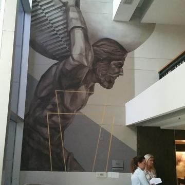 The mighty Atlas in the main lobby of the Pullman (Photo credit: Eric L. Labrador)