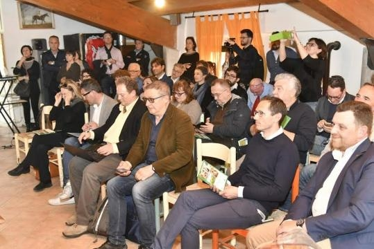 Corte Nigella, Felonica MN, giornalisti agroambiente e aziende agricole invitati alla presentazione della Guida Agriturismo della Lombardia