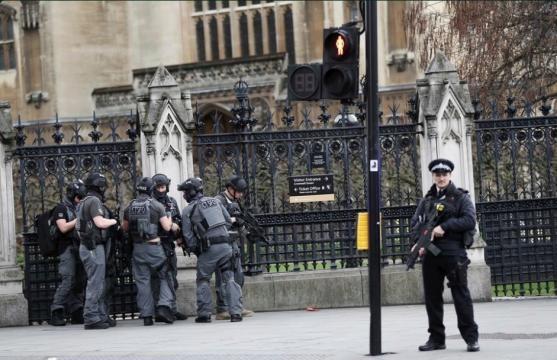 Atentado en Londres: cuatro muertos y 40 heridos en el ataque ... - hosteltur.com