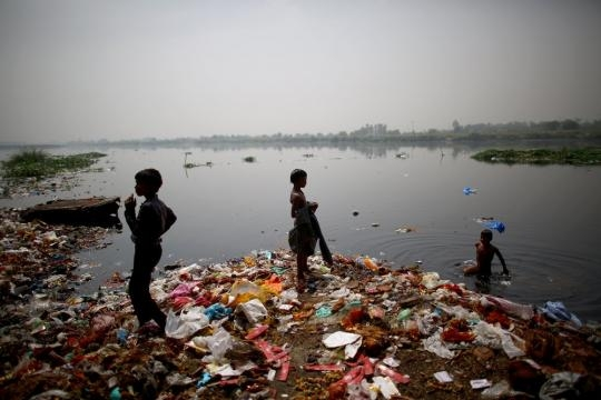 Can India's Sacred But 'Dead' Yamuna River Be Saved? : NPR - npr.org