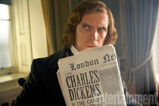 Dan Stevens: la prima foto come Charles Dickens   cM News - cartoonmag.it