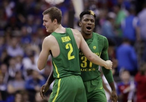 NCAA tournament live updates: Gamecocks, Tar Heels join the Final ... - latimes.com
