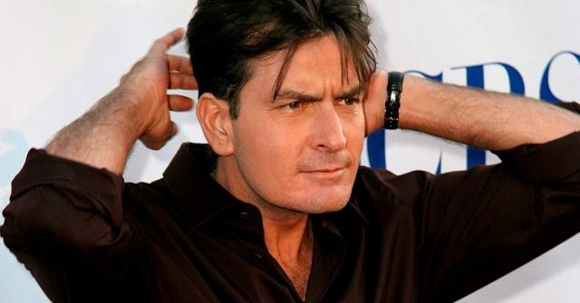 Infostormer.Com | Alex Jones Boyfriend Charlie Sheen Has The HIV - infostormer.com