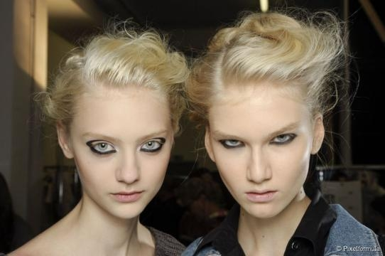 3 tousled updos to try: easy unkempt hairstyles - hairstyle.com