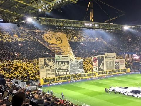 Vista do mosaico do Borussia Dortmund.