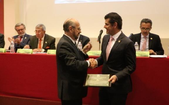 Se reconoce el esfuerzo del Lic. Gerardo Lagunes