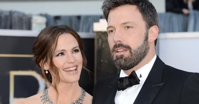 Jennifer Garner and Ben Affleck filed for divorce (photo via scoopnest.com)