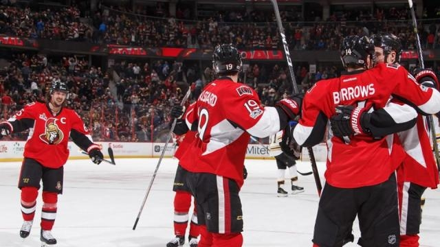 Los Senators pudieron meter 3 goles en el 3er periodo para el comeback. NHL.com.