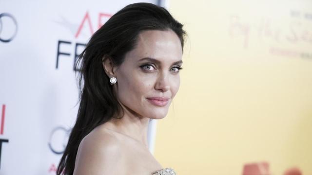 Angelina Jolie found another love blastingnews.com