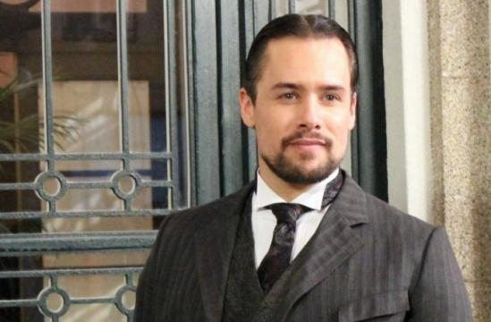 Roger Berruezo es Germán de la Serna en Acacias 38.
