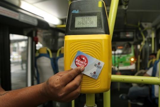 Cartão do bilhete único deve ser abolido até 2020
