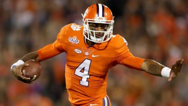 Deshaun Watson tells Cowboys to trade Dak Prescott to Browns and ... - sportingnews.com