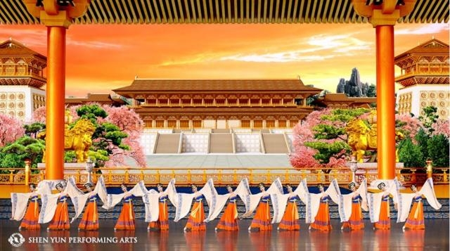 A scene from 'Imperial Dance from the Tang Dynasty.' Photo: Courtesy of Shen Yun Performing Arts, used with permission.