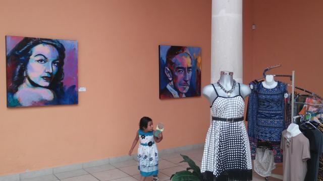 El Museo de la Revolución en Saltillo viste sus paredes con pinturas celebrando las caras del Siglo XX.