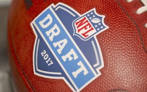 The Exponent : Browns Seek Options for 2017 Draft - bwexponent.com