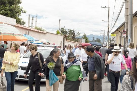 Las personas de la tercera edad concurrieron a votar en Ecuador a pesar de que su voto solo es opcional.