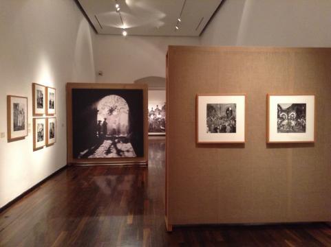 El Instituto Cultural hace gala de una colección biográfica de Pierre Veger: Con los pies en la tierra.