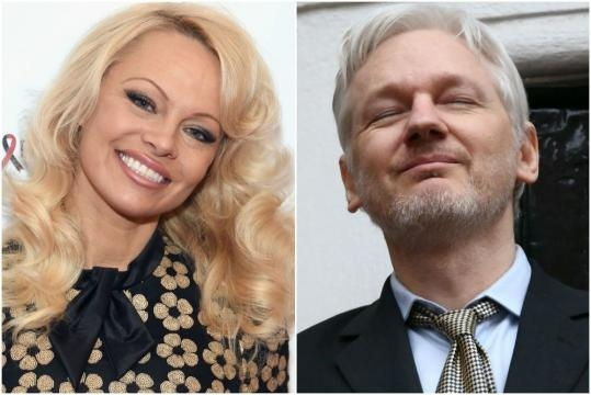 Pamela Anderson waxes poetic about Julian Assange | Page Six - pagesix.com