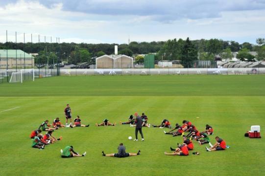 Foot PSG - Le PSG vend le nom du Camp des Loges à un sponsor ... - foot01.com