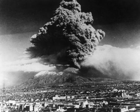 Esplosione del Vesuvio del 1944.