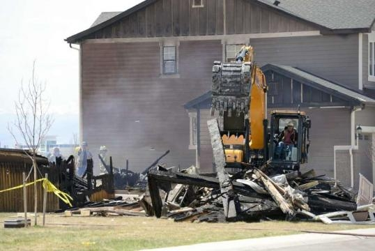2nd company shuts oil, gas wells after fatal Colorado blast ... - houstonchronicle