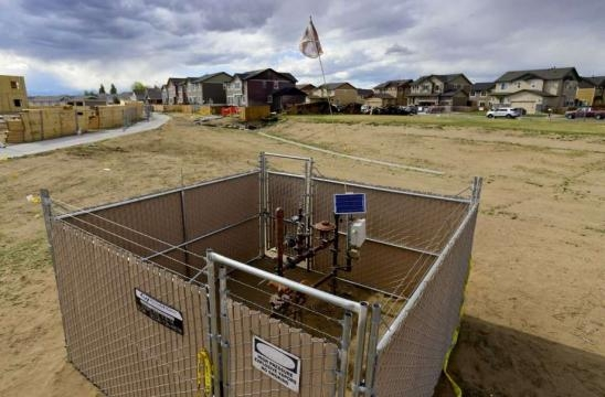 2nd company shuts oil, gas wells after fatal Colorado blast - SFGate - sfgate