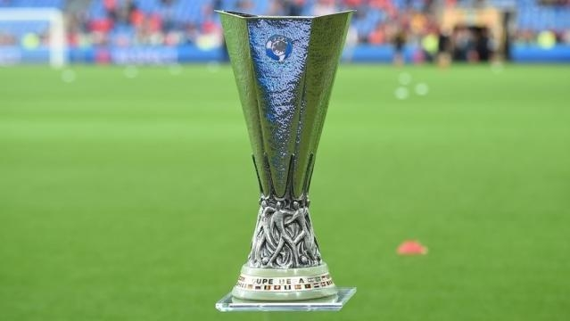 The Europa League cap. Ajax and Man United fight for it in the finals - UEFA.com