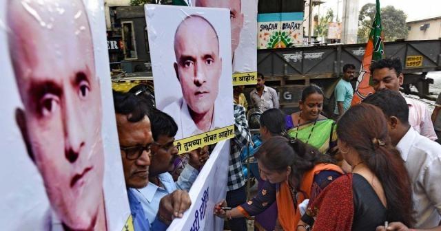 Kulbhushan Jadhav's mother petitions Pak for his release Mumbai ... -