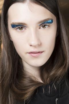Maquillaje para la pasarela del Diseñador Giambattista Valli, año 2016.