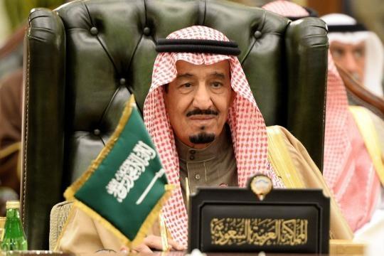 Salman Ascends Throne to Become Saudi King - The New York Times - nytimes.com