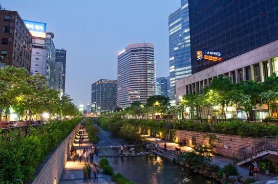 Seoullo 7017, il giardino sopraelevato di Seoul.