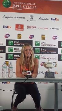 Elina Svitolina takes in her victory over Simona Halep in Rome