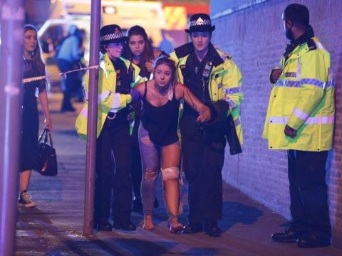 Suicide bomber likely behind Manchester concert attack that killed ... - go.com