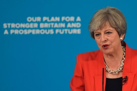 Theresa May halts election campaign after Manchester Arena blast ... - thesun.co.uk