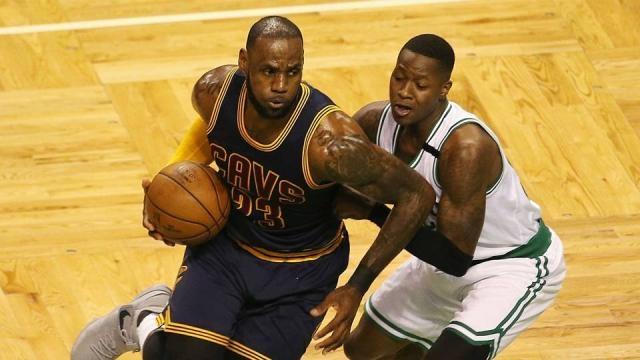 LeBron James passes Michael Jordan as all-time NBA playoff scoring ... - sportingnews.com