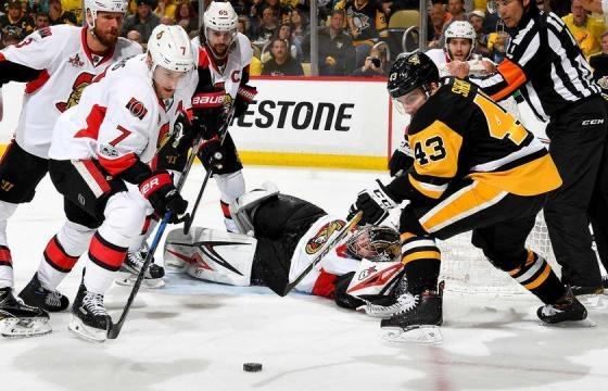Conor Sheary metió un gol y fue clave en la primera línea con Sidney Crosby y Kunitz. NHL.com.