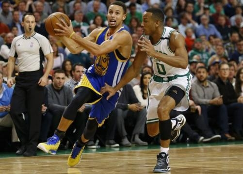 Golden State Warriors drives through the lane on Celtics Avery Bradley (Via CSNNE.com)