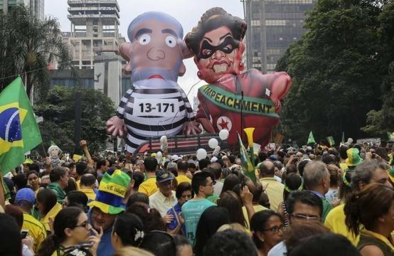Las movilizaciones en las calles acompañaron el impeachment contra Dilma pero ahora se volvieron contra Tamer