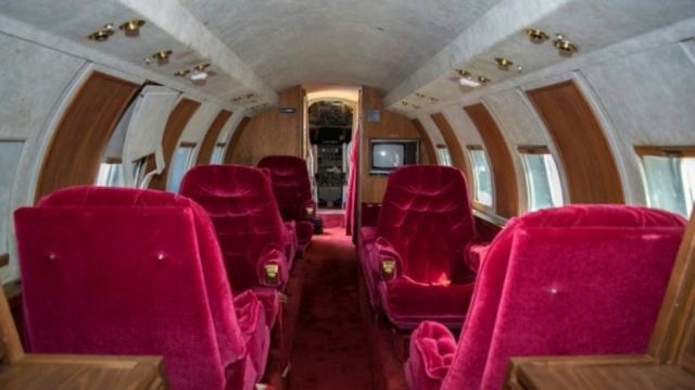Jet owned by Elvis Presley auctioned after sitting 35 years on ... - scmp.com