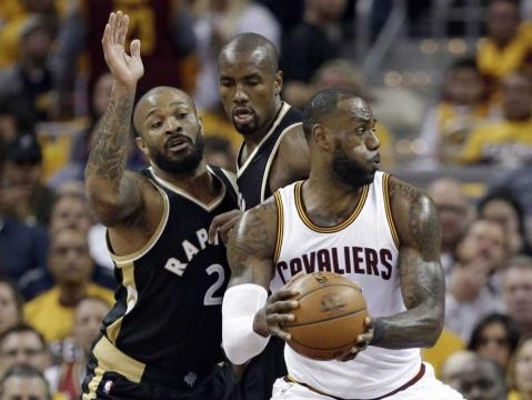 LeBron scores 39, Cavaliers rout Raptors 125-103 in Game 2 - The ... - theintelligencer.com