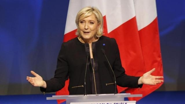 Marine Le Pen: con me Francia fuori da Ue e Nato - La Stampa - lastampa.it