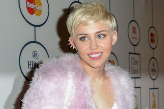 Miley Cyrus gets clean, plans to reinvent herself again [google images]