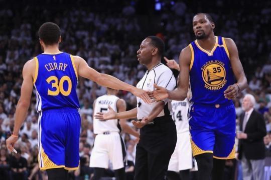 Warriors Take 3-0 Series Lead vs Spurs with Dominant Win; Kevin ... - bleacherreport.com