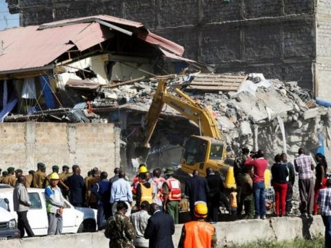 15 missing as seven-storey building collapses in Kware | The Star ... - the-star.co.ke