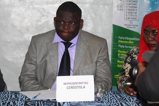 Le représentant du CERDOTOLA le Dr Ignace Bertrand Ndzana
