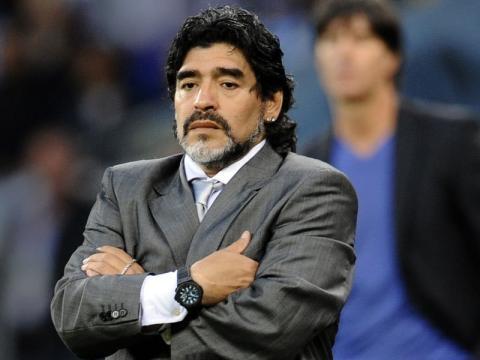 """Maradona: """"No me quedaré de brazos cruzados ante sanción de Messi"""" - crhoy.com"""